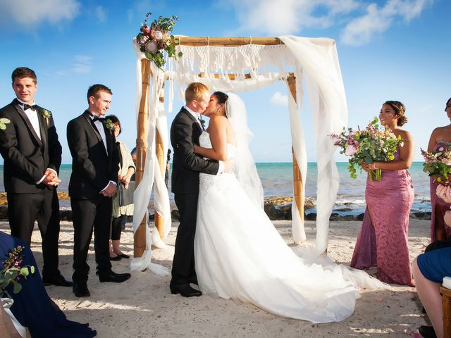 The 21 Best Beach Wedding Venues for a Relaxed and Romantic Big Day