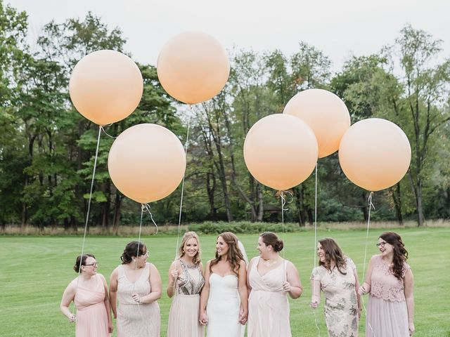 6 Trending Bridesmaid Proposal Ideas to Help You Pop the Question