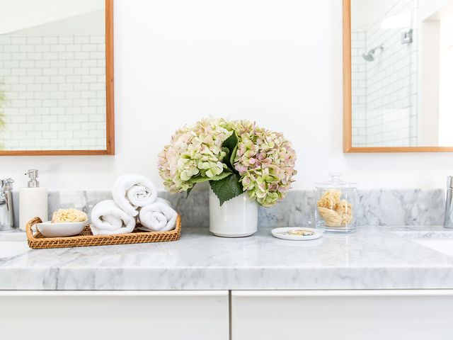The Best Wedding Registry Items for a Super-Luxe Bathroom