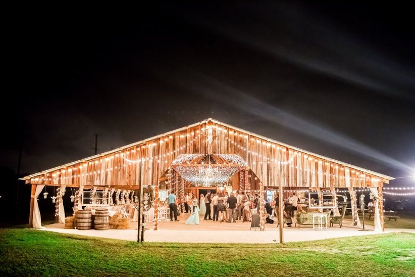 20 Farm And Barn Wedding Venues For An Event That S Rustic