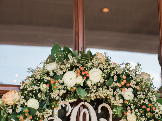 18 Wedding Monogram Ideas to Show off Those New Initials