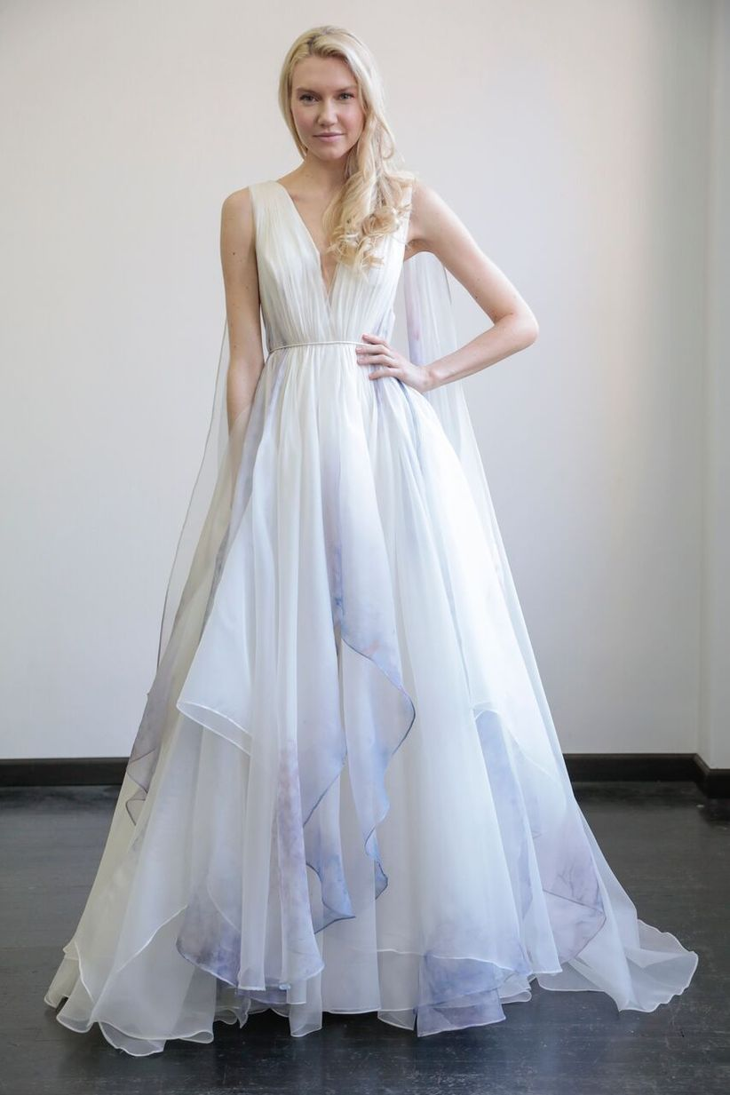 16 Colored Wedding Dresses for the Bride