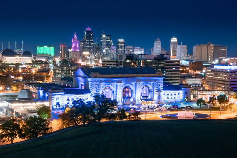 A Kansas City Bachelor Party Itinerary - WeddingWire