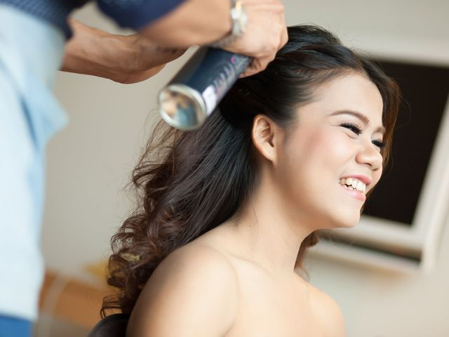 6 Reasons Hiring a Wedding Hairstylist Is a Non-Negotiable