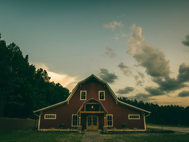 5 Rustic Barn Wedding Venues Near Raleigh, North Carolina
