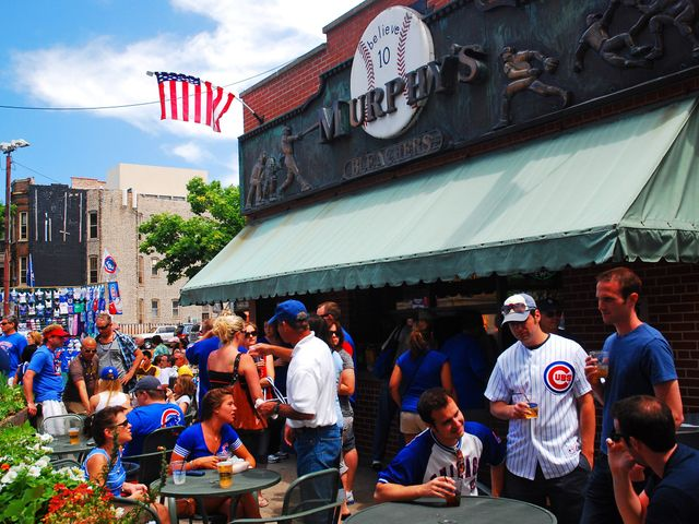 A Chicago Bachelor Party Itinerary