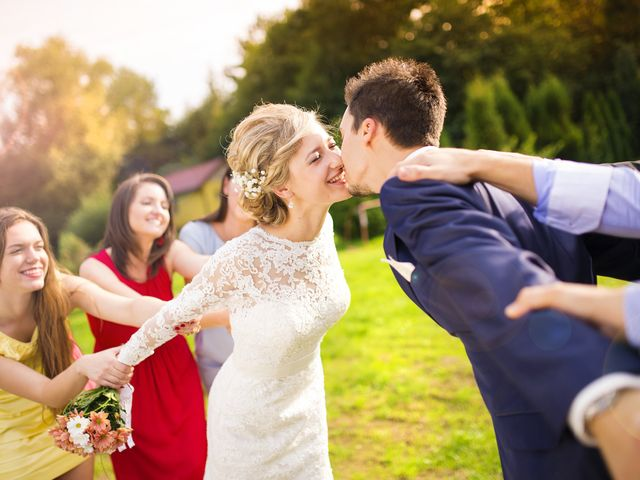 Do I Have to Attend a Wedding If I Don't Support the Marriage?