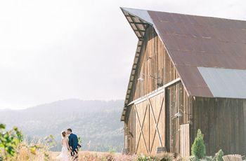 6 Rustic Barn Wedding Venues in Oregon