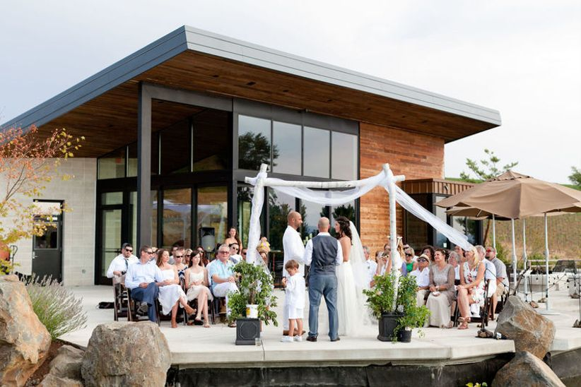 Wedding Venues In Oregon.7 Oregon Winery Wedding Venues In The Willamette Valley