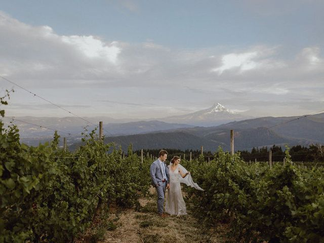 7 Oregon Winery Wedding Venues in the Willamette Valley