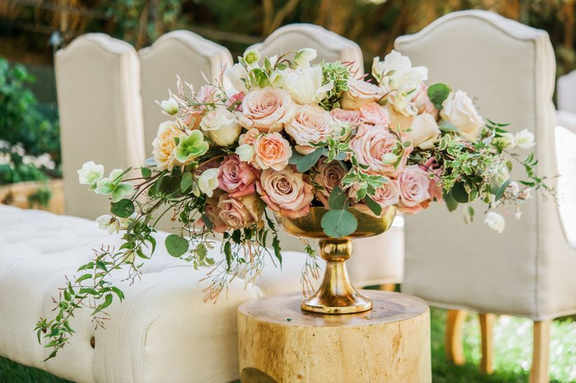 Wedding Flower Arrangements.Florists Reveal The Hottest Summer Wedding Flowers Weddingwire