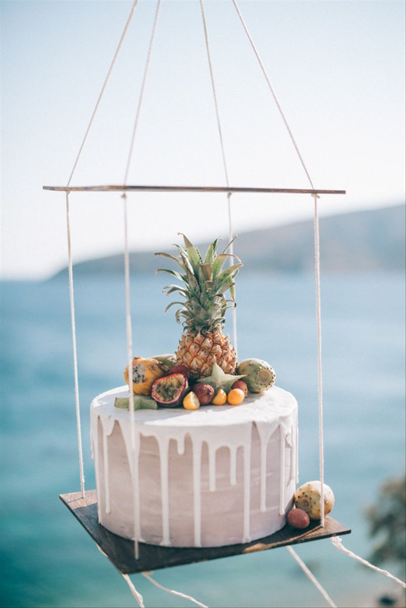 How to Do a Tampa Beach Wedding the Trendy Way - WeddingWire