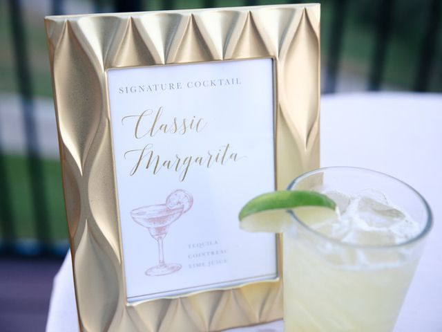10 Wedding Cocktails for Every Couple's Zodiac Combinations
