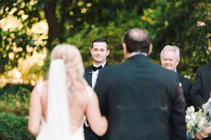 The Wedding Processional Order Explained Weddingwire