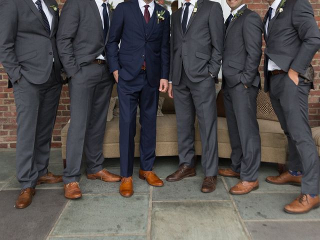 5 Things You Need to Do Before Firing a Groomsman
