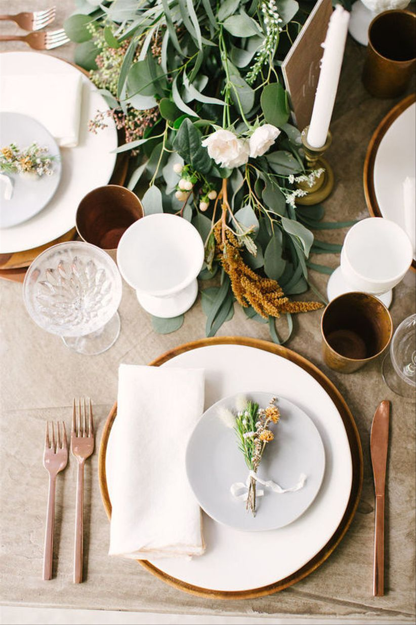 modern fall wedding place setting
