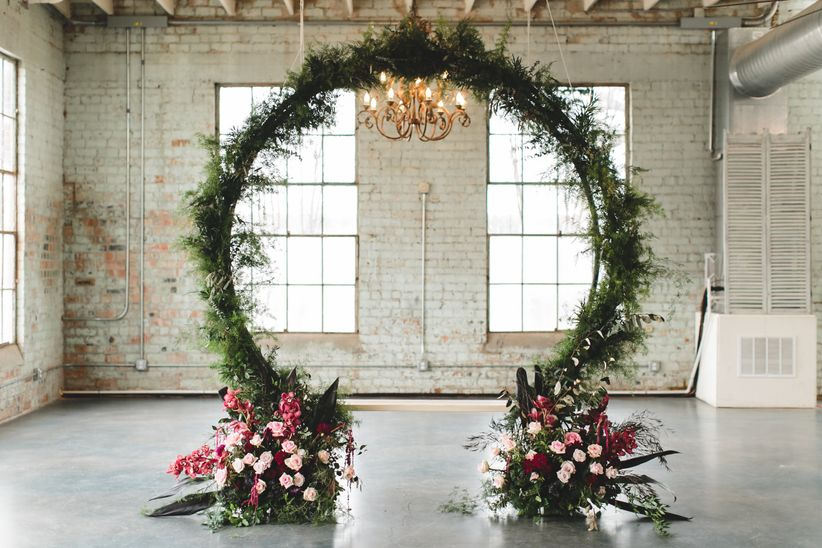 How To Have A Gothic Wedding Thats Modern And Elegant Weddingwire