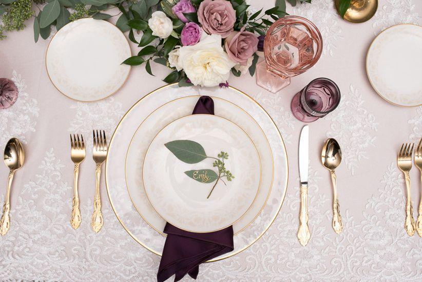 16 Winter Wedding Color Palettes for a Festive Celebration - WeddingWire