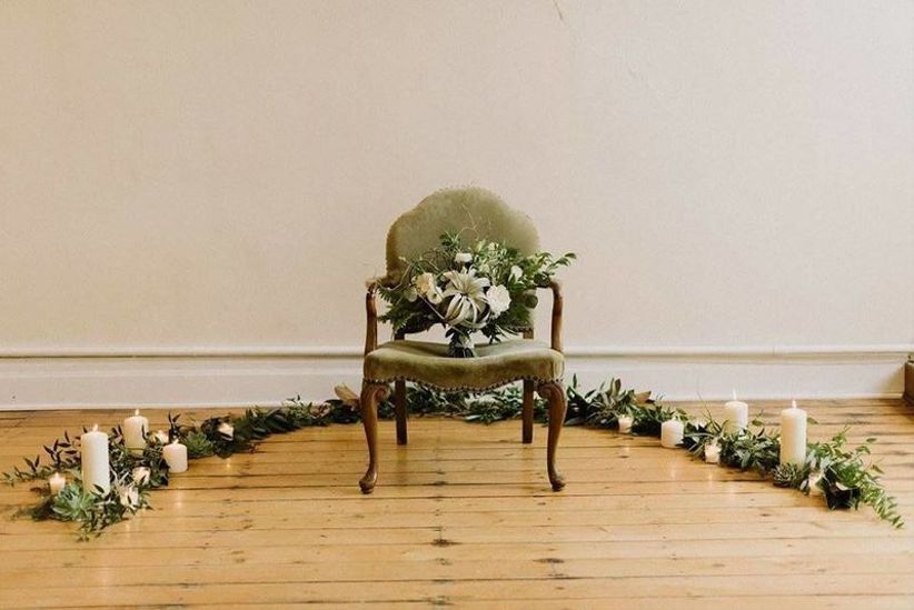 vintage wedding decor green velvet chair with candles