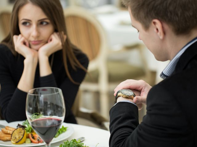 """7 Signs Someone You're Dating Is Not """"the One"""""""