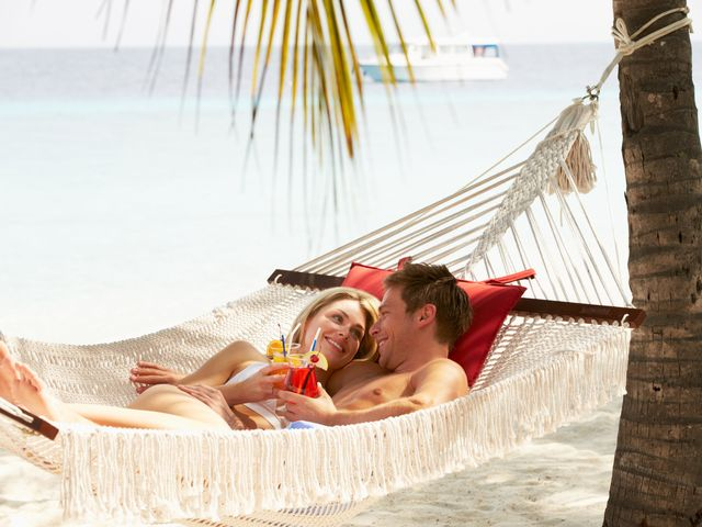 How to Take Advantage of Honeymoon Perks