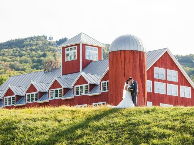 16 Barn Wedding Venues in New Hampshire That Are Both Amazing and Authentic