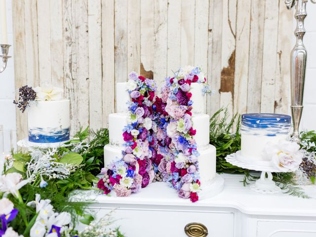 The Colors You Need for a Vintage Wedding in 2019