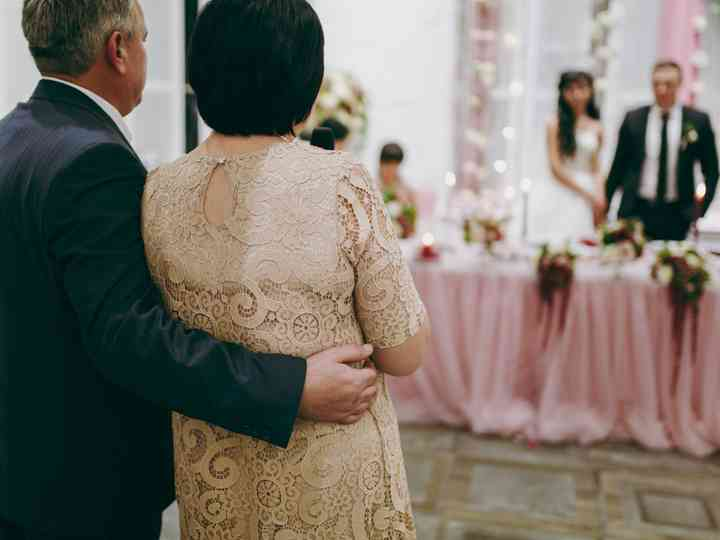 5 Things Your Parents Shouldn\u0027t Help With During Wedding