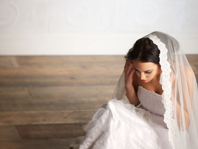 Planning a Wedding with Anxiety: How to Manage It All