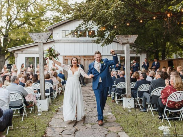 8 Stunning Outdoor Wedding Venues Near Tulsa