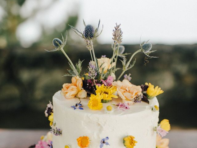 The 5 Wedding Cake Trends That Will Make a Statement in 2020