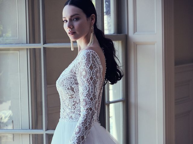 What's Your Wedding Dress Wow-Factor?