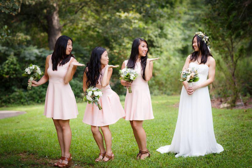 bride with 3 bridesmaids