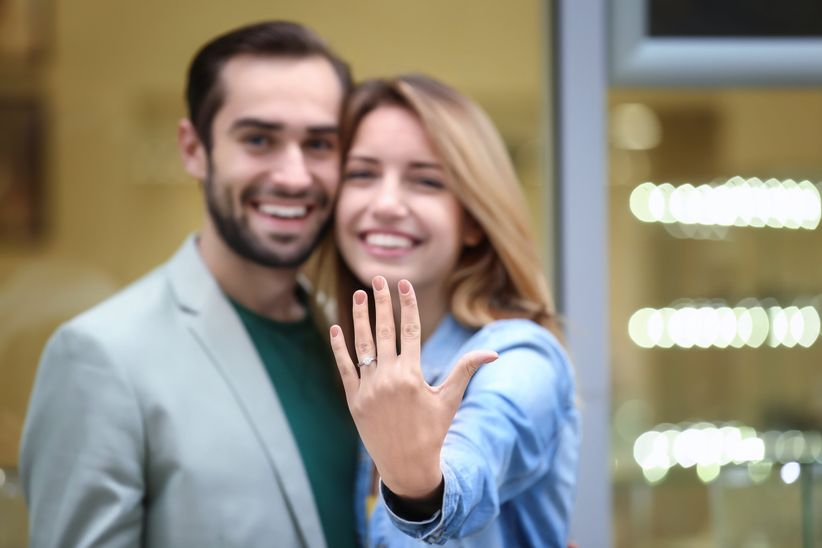 Avoid These 5 Don'ts After Getting Engaged - WeddingWire