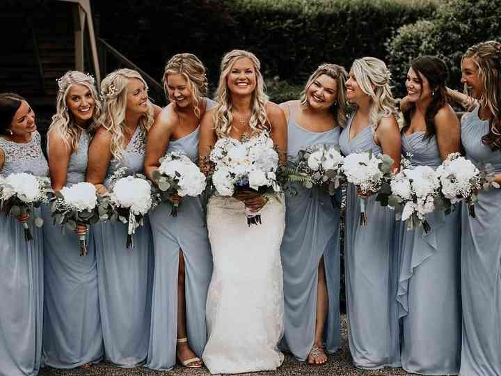 How To Style Your Bridal Squad Weddingwire