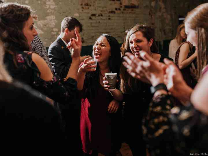 What Wedding Guests Want, and How to Give it to Them