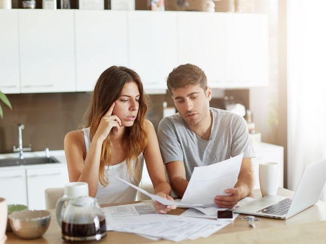 Pros and Cons to Keeping Finances Separate as a Married Couple