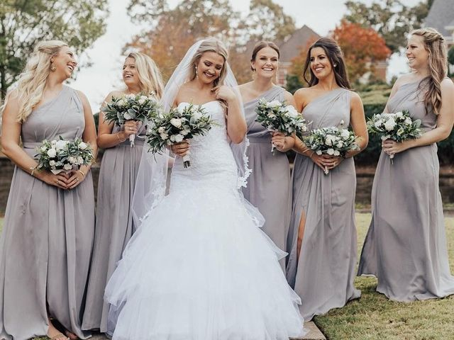 9 Minimalist Bridesmaid Dresses for a Modern, Polished Crew