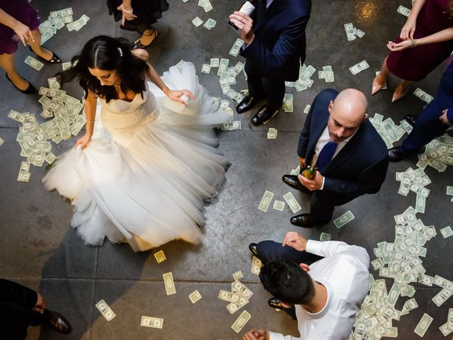 6 Fascinating Wedding Traditions From Around the World