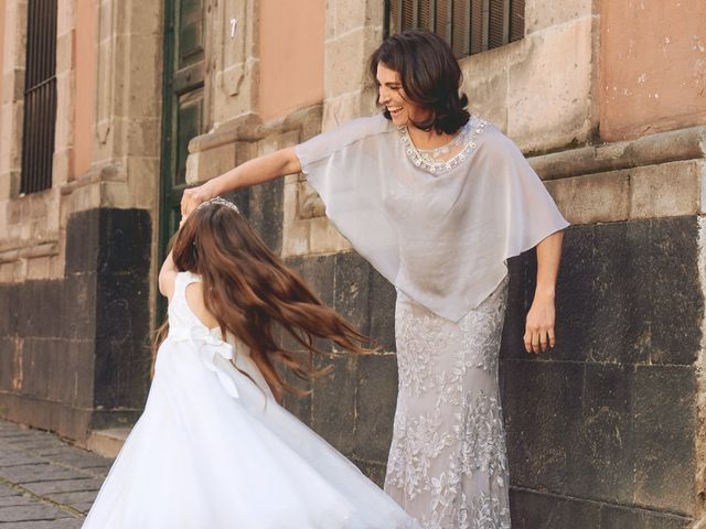 12 Mother-of-the-Bride Dresses for Every Wedding Style