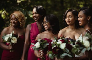 5 Signs Someone Should Be Your Bridesmaid