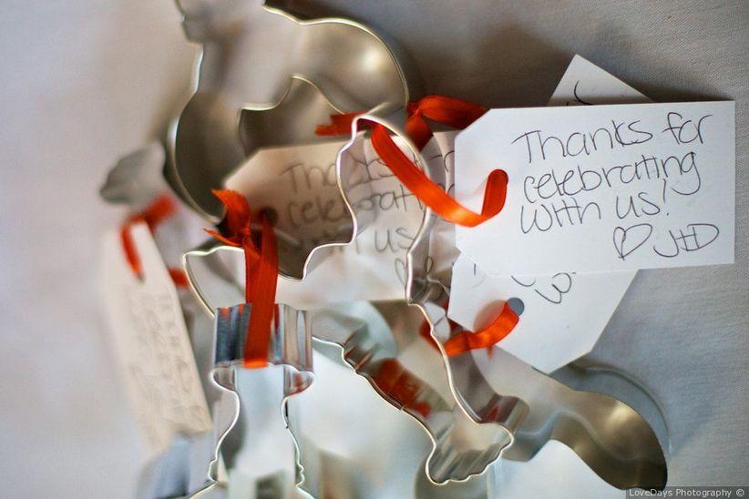 cookie cutter wedding favors