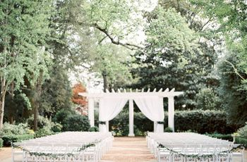 9 Outdoor Wedding Venues in Charlotte, NC With Plenty of Southern Charm