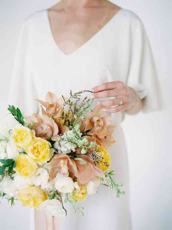 18 Spring Wedding Colors That Aren T Just Pastel Weddingwire