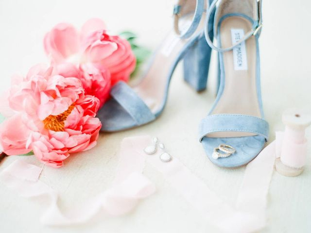18 Spring Wedding Colors That Aren't Just Pastel