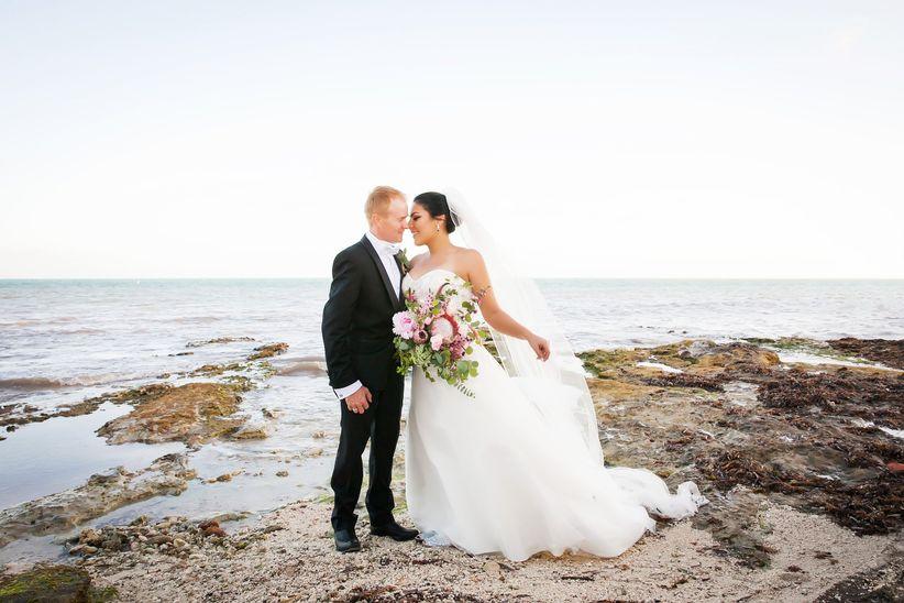 couple shore wedding