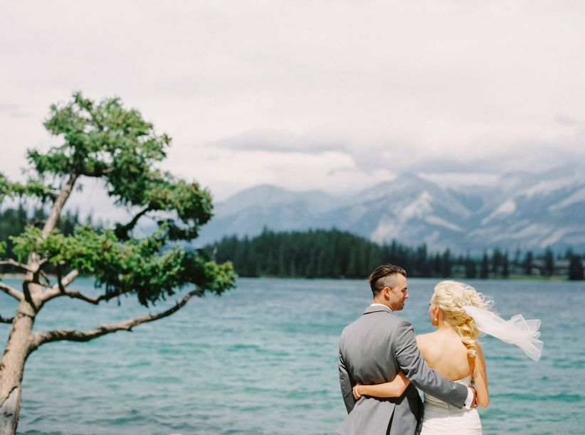 couple mountain wedding
