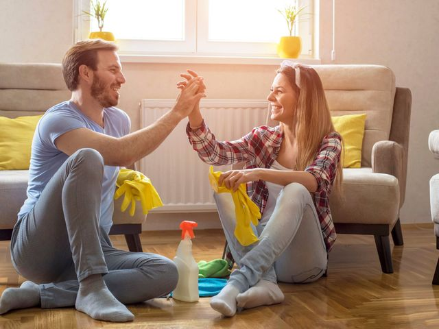 6 Relationship Habits You Should Spring Clean