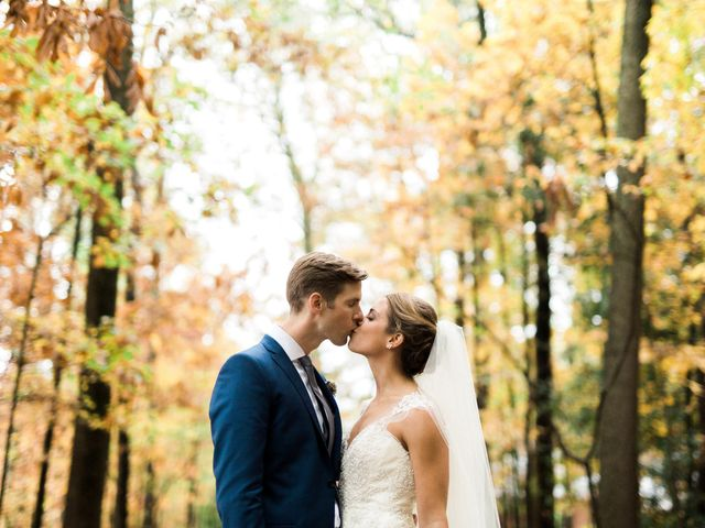 Why Are Fall Weddings So Popular?