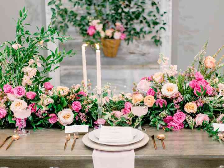 23 Pink Wedding Ideas That Are Trending Right Now